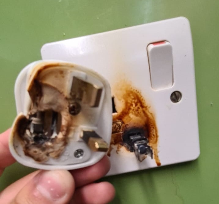 Burnt Socket From Ext Lead